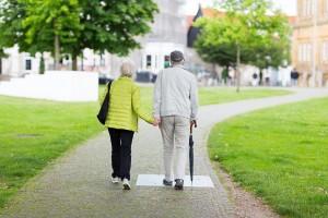 altes, verliebtes Ehepaar